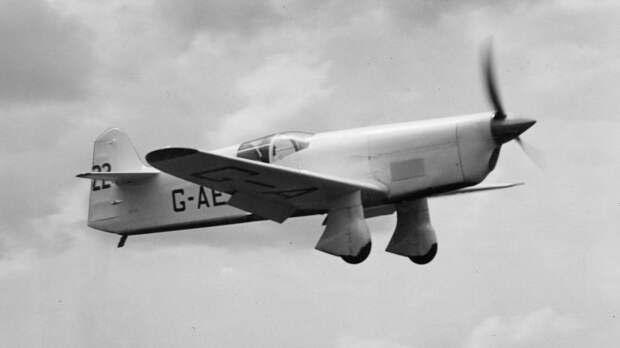 Percival Mew Gull G-AEXF in pre-war racing trim