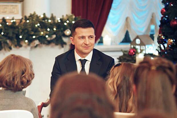 Новогоднее поздравление Зеленского высмеяли в Донбассе