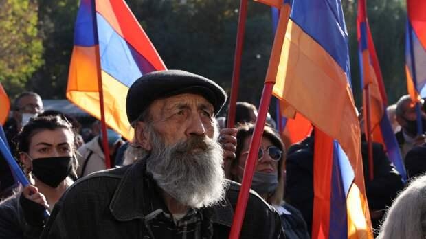 Три пути для вмешательства Запада в Нагорный Карабах