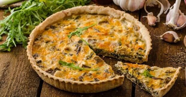 Нашла рецепт пирога – простое решение накормить семью и встретить гостей (Киш с курицей)