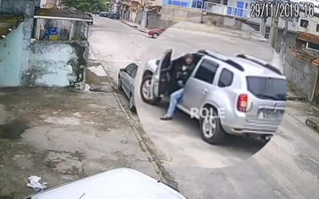 Угонщик-двоечник не справился с механической коробкой передач