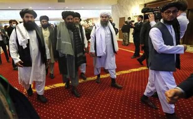 """На фото: заседание расширенной """"тройки"""" по вопросу мирного урегулирования в Афганистане"""