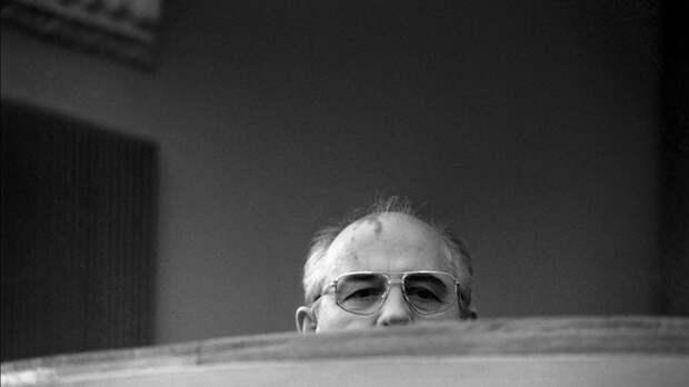 """Слова Горбачёва о решении Путина взбесили русских: """"Пытается везде свой нос всунуть и нагадить"""""""