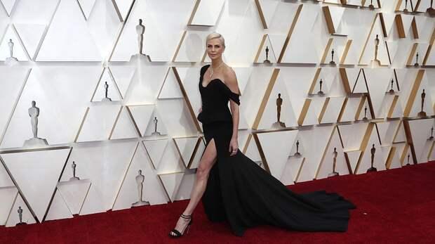 Оскар 2020: в чем звезды явились на красную дорожку церемонии?