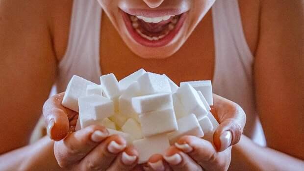 Диетолог связала быстрое старение с чрезмерным употреблением сахара