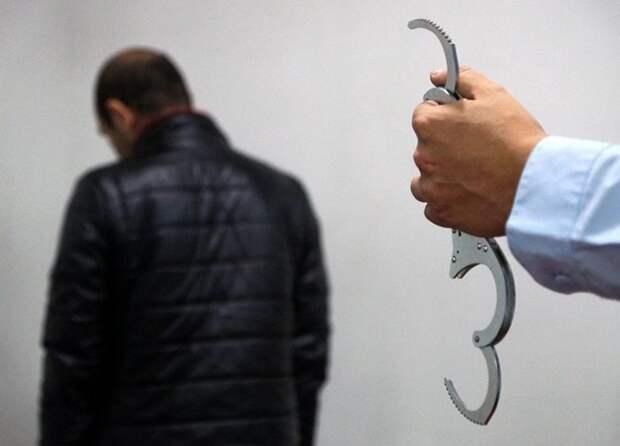 Московские пенсионеры помогли поймать банду мошенников