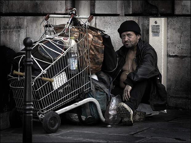 ВИталии рекордная бедность с2005года