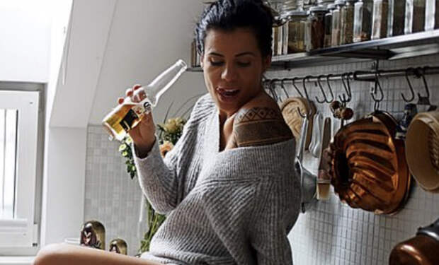 Девушка-повар ушла от плиты и стала моделью. На ее кухне хотели бы побывать многие мужчины