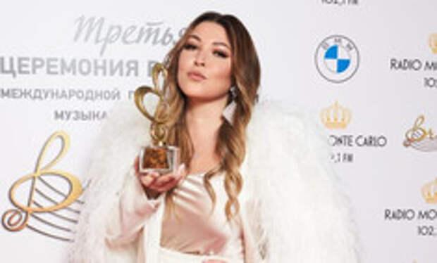 BraVo! Ирина Дубцова, Zivert и Даня Милохин получили заслуженные награды