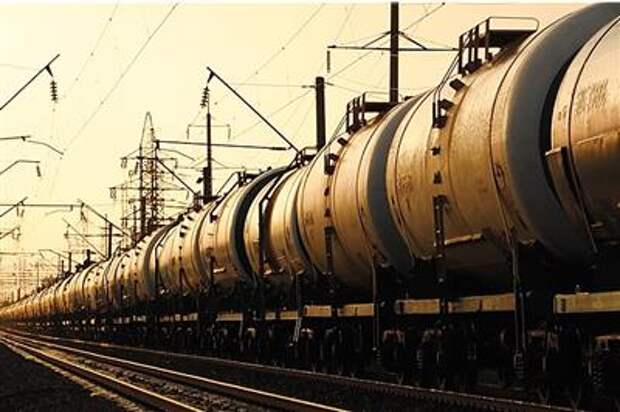 Россия в марте нарастила поставки нефти в Китай на 1,6% к февралю, до 7,44 млн тонн - СМИ