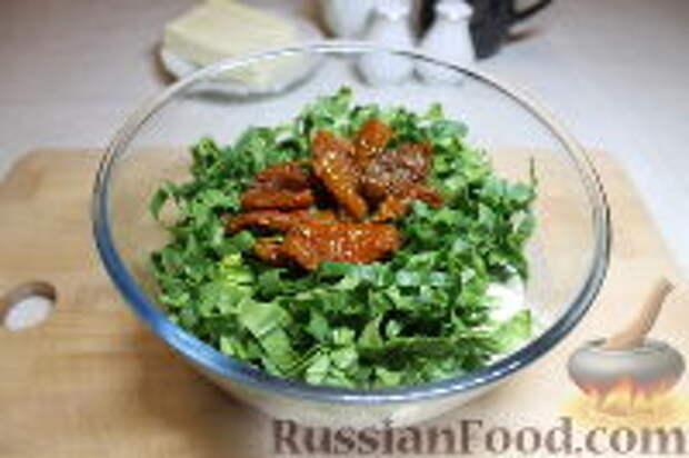 Фото приготовления рецепта: Запеканка из спагетти, со шпинатом и ветчиной - шаг №10