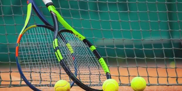 Хачанов сыграл в первом круге турнира серии Masters
