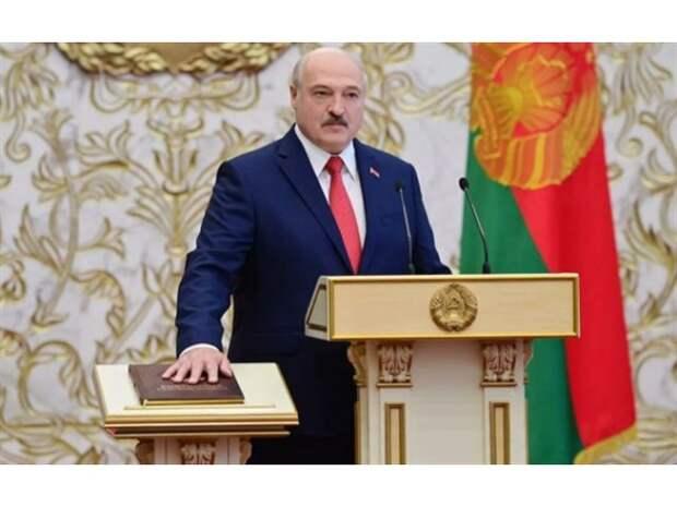 Белоруссия идет на поправки. Что поменяют в Конституции республики