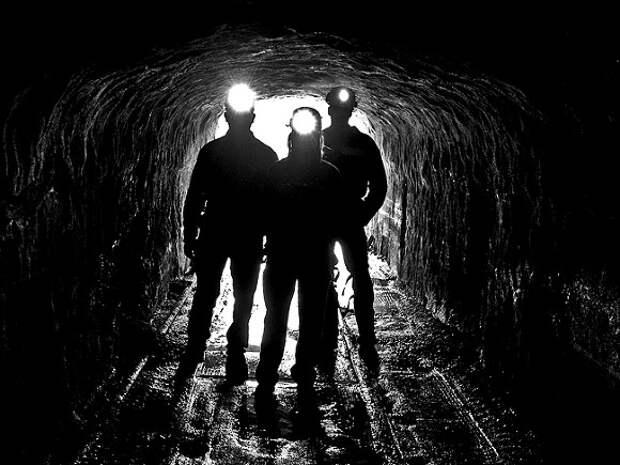 В Мурманской области рабочих завалило породой на комбинате СЗФК