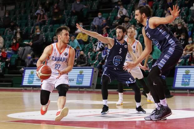 Ижевские «Купол-Родники» уступили на выезде баскетболистам Самары