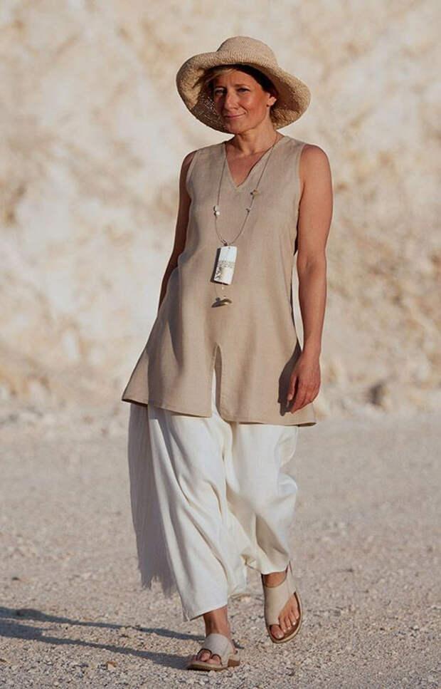 Модные туники для женщин 50 лет: как выглядеть легко и стильно летом 2020