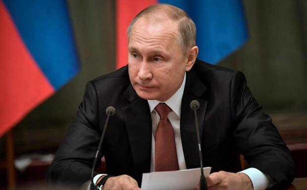 США организовали переворот на Украине в 2014 году, а страны Европы безвольно его поддержали – Путин