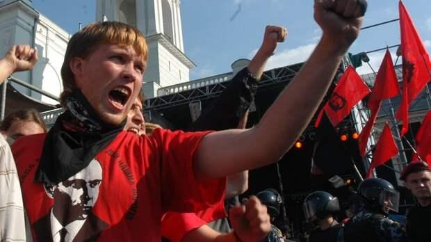 """Сломали нос и выбили зубы за русский язык: """"Кацапы встали поперёк горла"""" украинцам"""