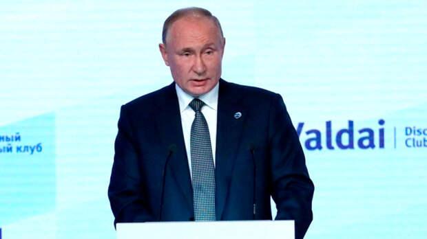 В Россию вернули идеологию?
