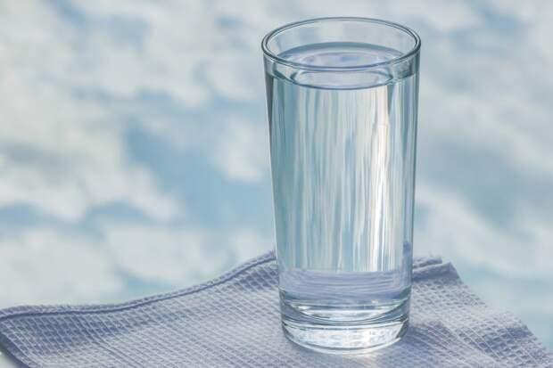 На 18 неделе беременности важно соблюдать питьевой режим