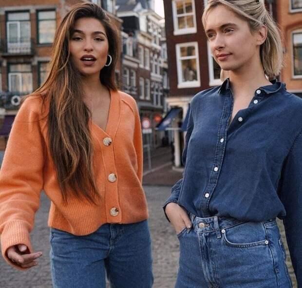 Кардиганы снова в тренде: разберемся, как их сейчас носят женщины разного возраста