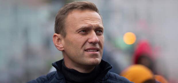 Врачи Навального публично попросили его прекратить голодовку