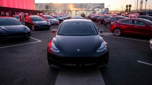 Китайский конкурент Tesla Model 3 мгновенно стал хитом