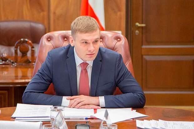 Красный губернатор Хакассии Коновалов, вступил в схватку с системой и обратился к Путину