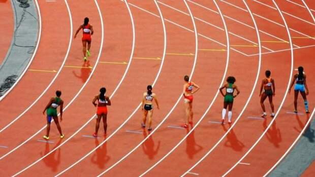 Почти половина японцев выступили за отмену Олимпиады в Токио