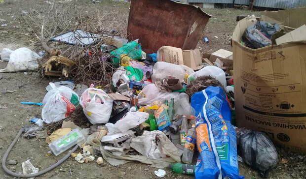 Мэрия Оренбурга недобилась выселения мужчины изквартиры стараканами игорой мусора