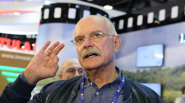 Никита Михалков о подготовке переворота в России: Комиссары в кожанках покажутся детьми