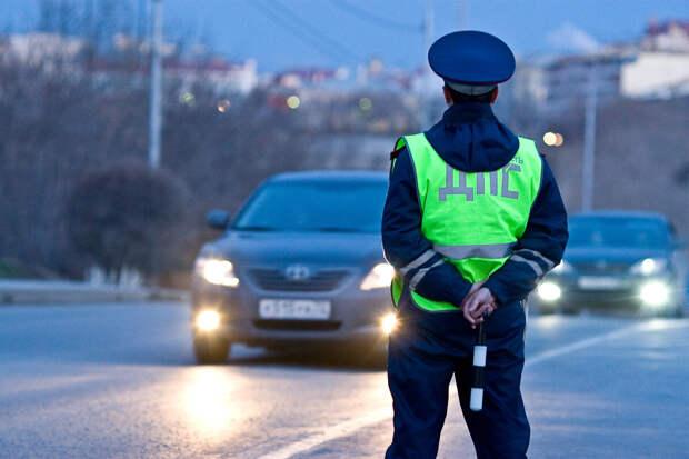 Ехал домой: заработал деньги на инспекторе ГИБДД