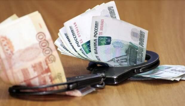 Крымские чиновники продолжают брать миллионы