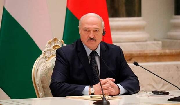 Российский генерал поставил Лукашенко перед выбором: интеграция или свержение
