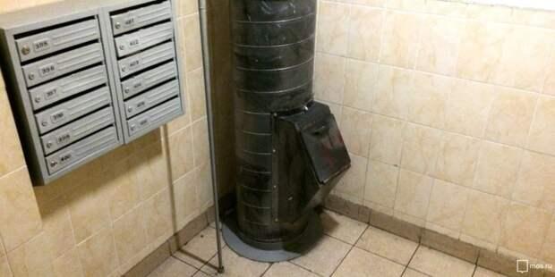 В подъезде дома на Молодцова отремонтировали мусоропровод