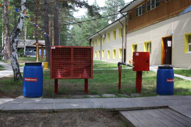 В 93 детских лагерях Иркутской области выявлены нарушения пожарной безопасности