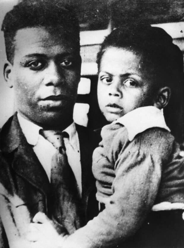 Ллойд Паттерсон с сыном Джеймсом