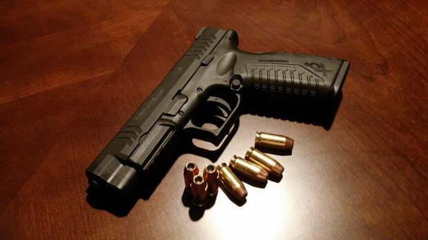 В Крыму под суд пойдёт экс-начальник военного склада МВД за хищение и сбыт оружия