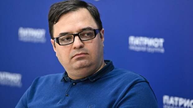 ФАН запускает проект о знаменитостях с блогером Вадимом Манукяном