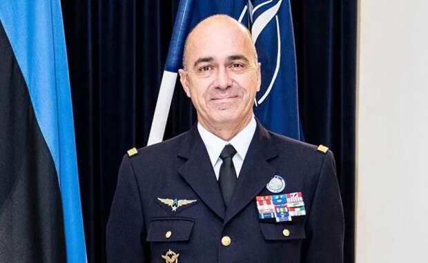 Эстонию посетил главком Командования НАТО потрансформации