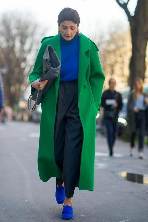 Шерстяные брюки — модный лук зимнего сезона