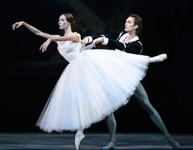 """Возвращение к истокам: Артемий Беляков о работе над балетом """"Жизель"""""""