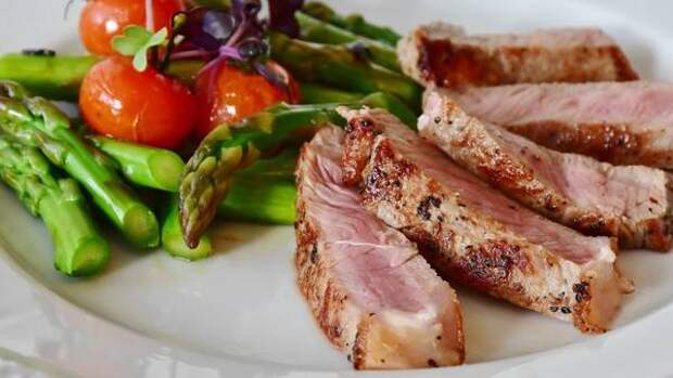 Диетолог Нефедова рассказала, как часто можно есть мясо без вреда для здоровья