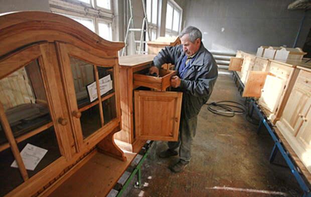 Депутат Романенко предложил давать 100-дневный отпуск работающим пенсионерам