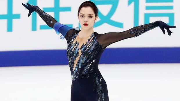 Медведева рассказала о платьях для программ «Маскарад» и «Алегрия»