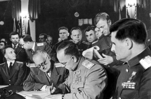 Акт о капитуляции Германии от 7 мая: почему Сталин запретил его подписывать