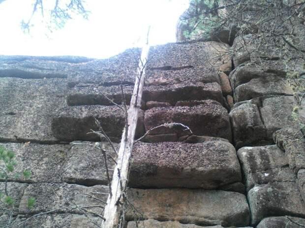 каменные мегалиты Койского Белогорья