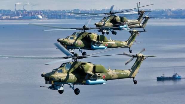 Космос, военная техника и вечный огонь. Как встретили День Победы в России и мире