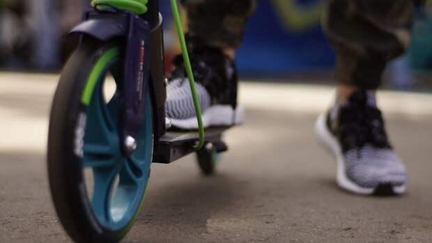 Полиция Петербурга задержала подростка за кражу самоката на скейт-площадке