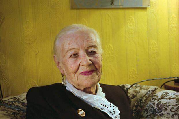 Дольше века: Дуглас, Рокфеллер, Моисеев и другие, отметившие 100-летний юбилей